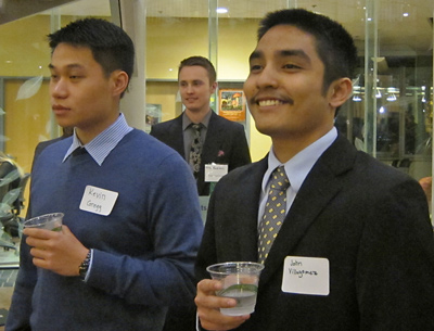 Lundquist College students at a networking event.