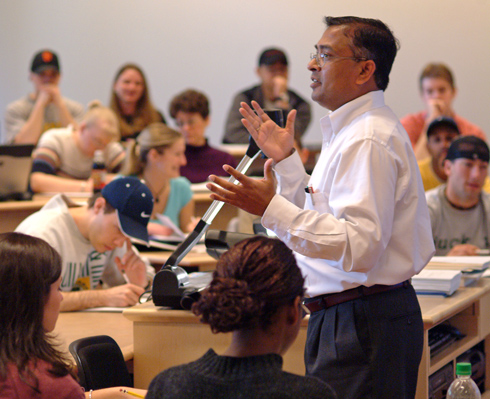 Decision Sciences Professor Nagesh Murthy teaching