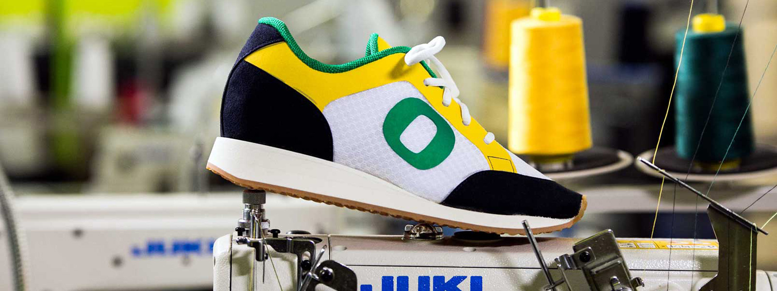 Close-up on O shoe made during an SPM shoemaking workshop
