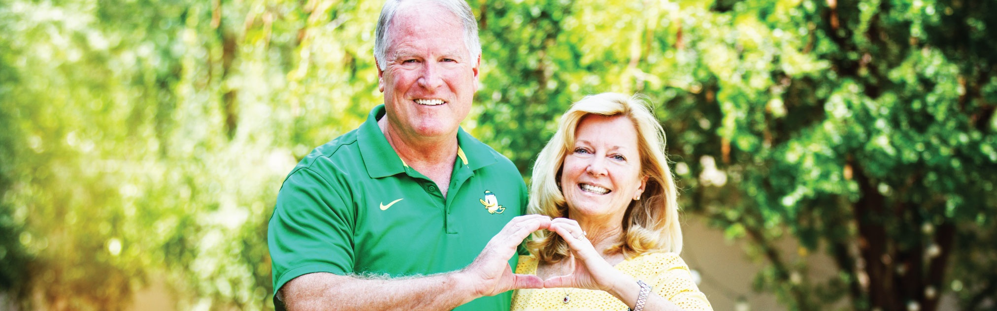 Jay and Kim Mohr throw the O