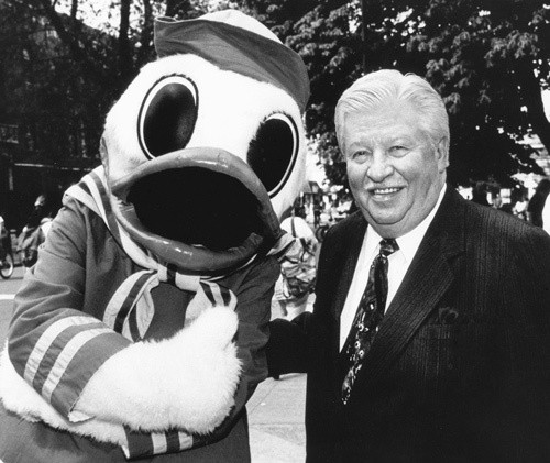 Charles H. Lundquist and the Oregon Duck